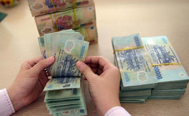 Người vay đáo hạn ngân hàng chưa từng có nợ xấu và có thu nhập ổn định